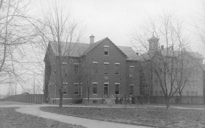 Atkins Hall, on the campus of St. Elizabeth's Hospital, circa 1896.  The Coast Guard Historian's Office is located here.   National Archives photo (RG 418-G-25).