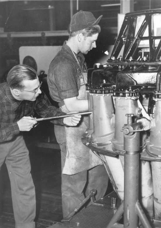 J33 engine mechanics at Tinker in 1949. (Photo courtesy of the Tinker History Office)