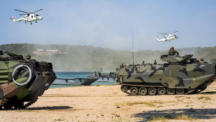 U.S., South Korean and Thai troops demonstrate amphibious skills during Cobra Gold, a training exercise, at Hat Yao, Thailand, Feb. 17, 2017. Navy photo by Petty Officer 2nd Class Amanda A. Hayes