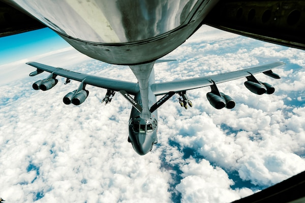 An Air Force B-52 Stratofortress refuels from a KC-135 Stratotanker supporting Operation Inherent Resolve, Feb. 15, 2017. Air Force photo by Senior Airman Jordan Castelan