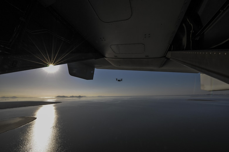 A U.S. Marine MV-22 Osprey flies over the Yellow Sea near Kunsan Air Base, Republic of Korea, Feb. 2, 2017. The MV-22s, assigned to Marine Corps Air Station Futenma, Okinawa, Japan, performed confined area landings patterns while training at Kunsan. (U.S. Air Force photo by Senior Airman Colville R. McFee)