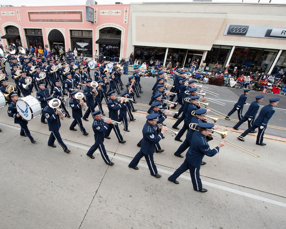 The United States Air Force Total Force Band performs in the 128th Rose Parade in Pasadena, Calif., Jan. 2, 2017. The band is comprised of active-duty and Air National Guard musicians from around the Air Force. (U.S. Air Force photo/Louis Briscese)