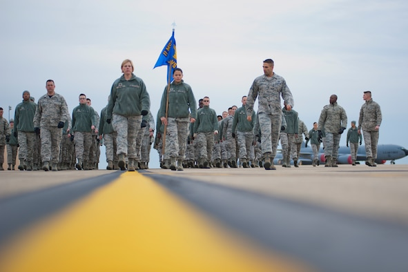 Presidential Inaugural Parade volunteers from the 459th Air Refueling Wing practice marching on the Joint Base Andrews, Maryland, flight line Jan. 8, 2017. Nearly 90 459th ARW reservists are slated to represent the more than 69,000 members of Air Force Reserve Command in the January 20th parade. (U.S. Air Force photo/Tech. Sgt. Kat Justen)