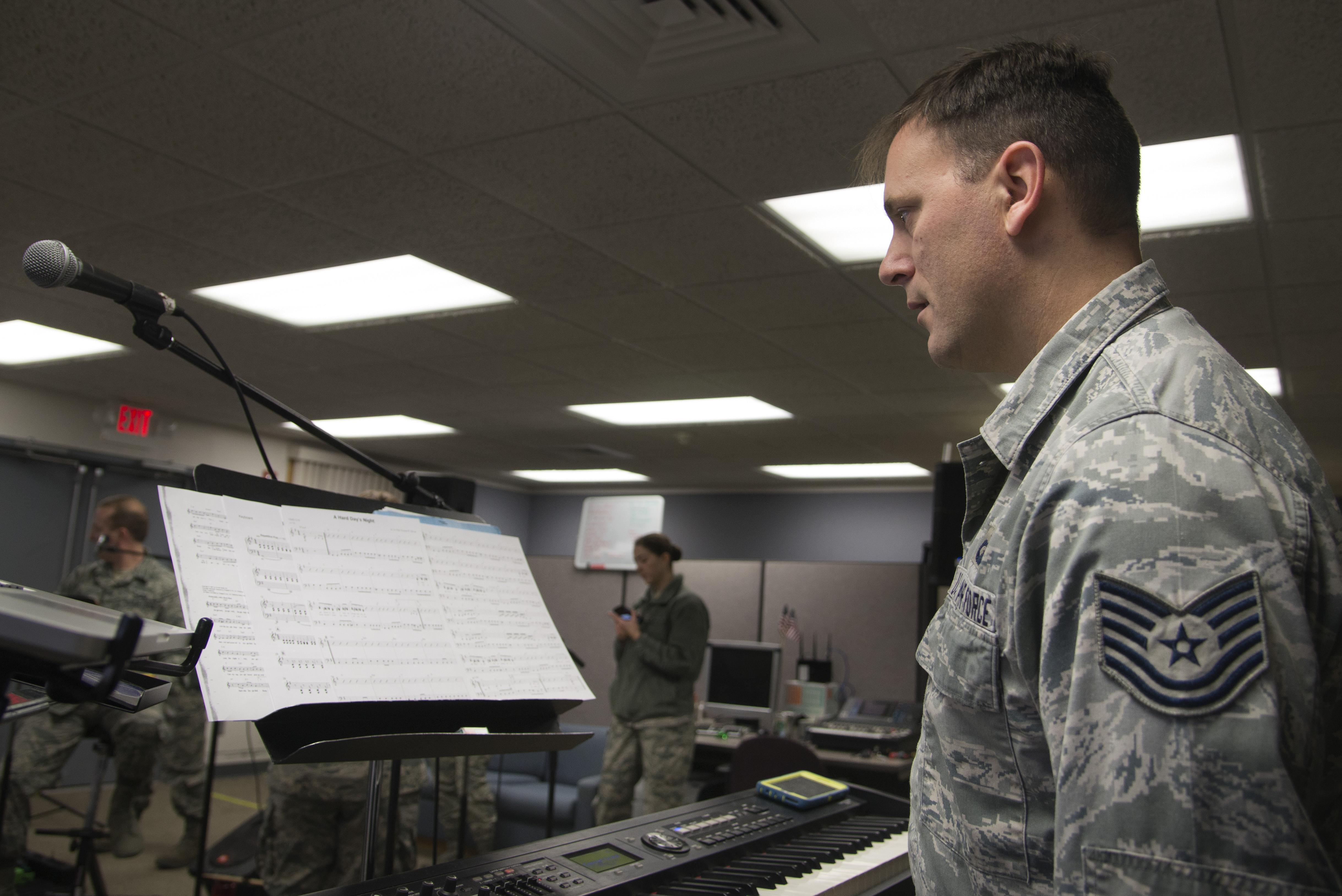 scott air force base single guys 100% free online dating in scott air force base 1,500,000 daily active members.