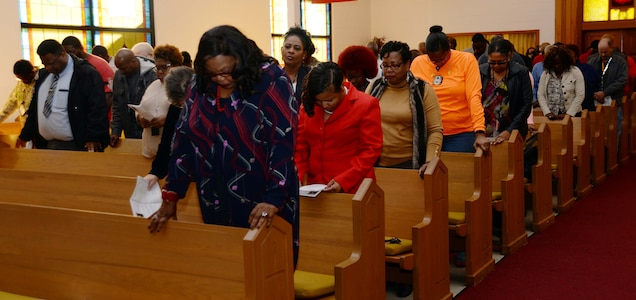 A capacity crowd, including active-duty service members, civilian personnel and community guests, filled the Chapel of the Good Shepherd at Marine Corps Logistics Base Albany for the 2017 Dr. Martin Luther King Jr. observance, Jan 11. Guest speaker for the annual commemoration was Pastor Darnell Lundy, an Americus, Ga. native.