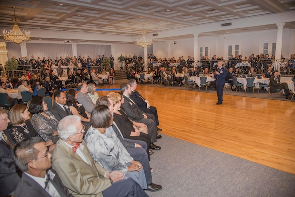 Lt. Gen. Steven Kwast, Air University commander and president, begins ceremonial portion of the Alabama Goodwill Ambassadors Appreciation Night held at the Maxwell Club, Jan 17, 2017, Maxwell Air Force Base, Ala. Kwast hosted the event to bring recognition to the Alabama Goodwill Ambassadors, community volunteers who sponsor an International Officers School student and their families during their time at Maxwell. (US Air Force photo by Trey Ward)