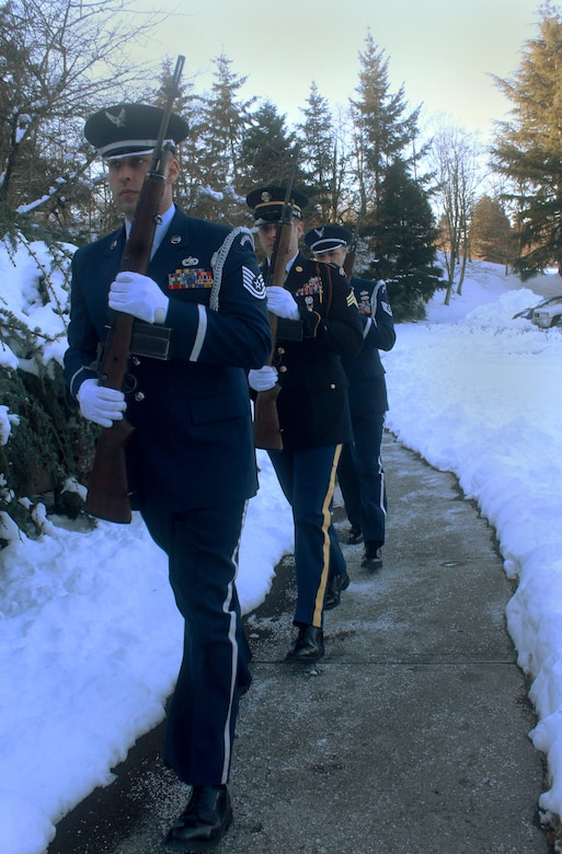 A Firing Party detail made up of Oregon Air and Army National Guard members assigned at Willamette National Cemetery, Portland, Ore., march to a firing position as they perform military funeral honors, Jan. 16, 2017. (Photo courtesy of U.S. Air Force Master Sgt. (ret.) Jonathan Dyer)