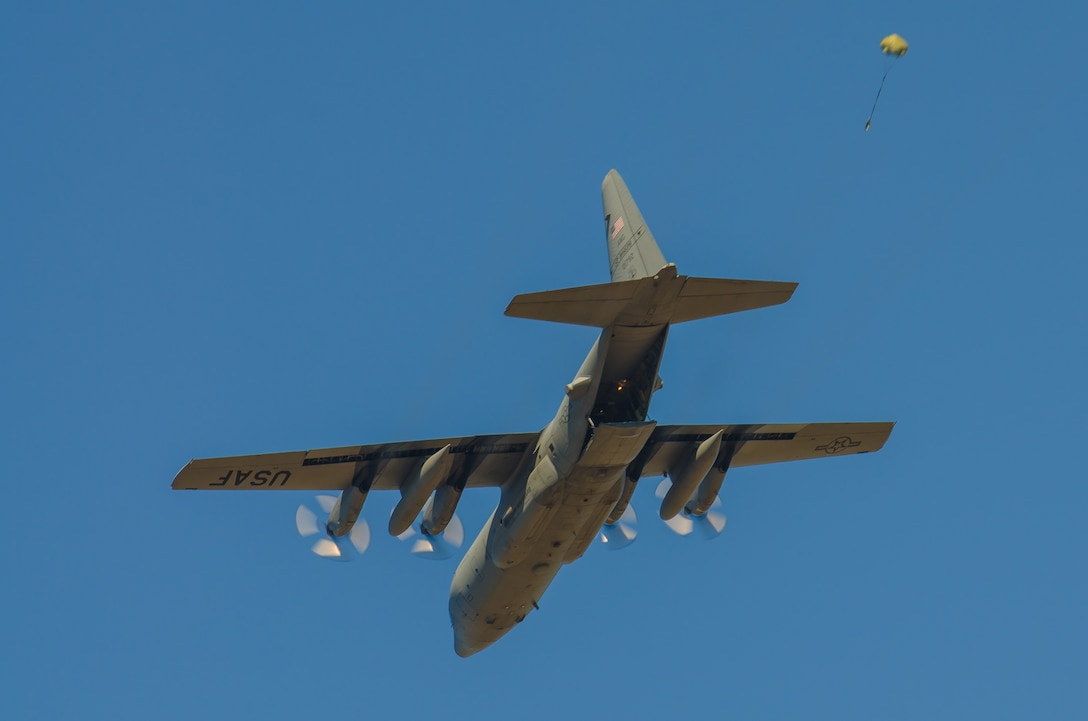 U.S. Air National Guard C-130 Hercules aircraft assigned to the 139th Airlift Wing, perform an airdrop over Sylvania, Ga., on January 9, 2017. (U.S. Air National Guard photo by Senior Airman Sheldon Thompson)