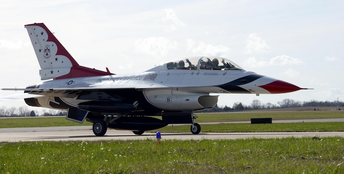 An F-16D Thunderbird jet arrives on Dannelly Field at the Montgomery Regional Airport, Jan. 25, 2017. As Capt. Erik Gonsalves, U.S. Air Force Thunderbird pilot, arrived, he conducted a flight survey of Maxwell Air Force Base and the surrounding area for the upcoming Air Show in April. (U.S. Air Force photo/Senior Airman Tammie Ramsouer)