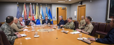 Defense Secretary Jim Mattis meets with members of the Joint Chiefs of Staff at the Pentagon Jan. 23, 2017. DoD photo by Air Force Tech. Sgt. Brigitte N. Brantley