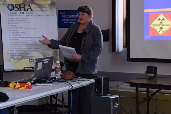 Roseanne Weidner, Occupational Safety and Health Specialist of the U.S. Army Corps of Engineers Buffalo District provides safety training to a class on OSHA'S HAZWOPER (Hazardous Waste Operations Emergency Response) Standard.