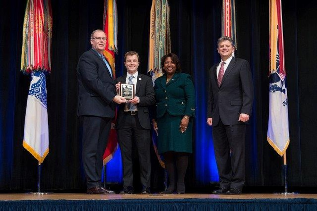 From left: Robert Work, deputy secretary of defense; Gerald Barb, physical security specialist, DLA Installation Support; Rosie Allen-Herring, president/CEO, United Way National Capital Area; Michael Rhodes, director of administration, DoD Office of the Deputy Chief Management Officer, Jan. 26, 2017, the Pentagon.