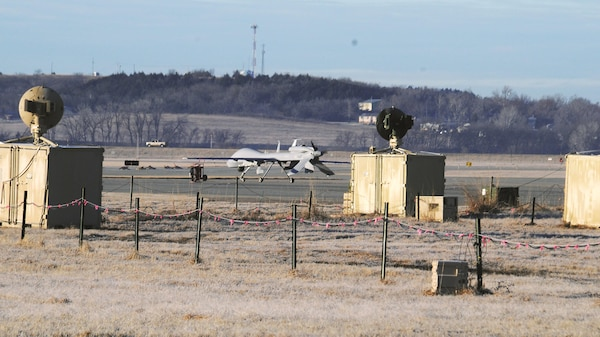 Gray eagle unmanned aircraft system exercise a training for Table 6 gunnery