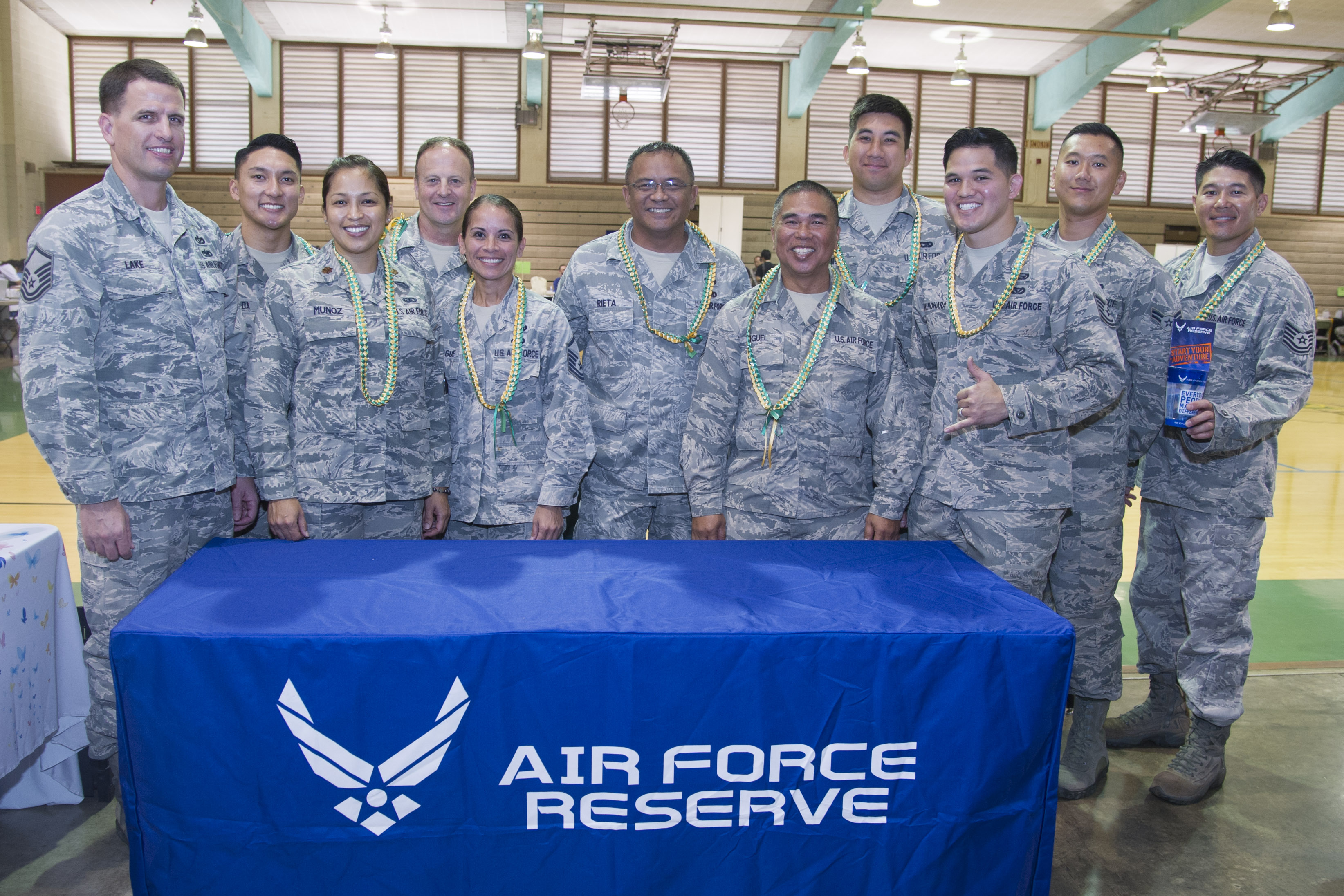 Airmen share military experiences with high school ...