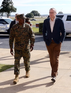Col. James C. Carroll III, commanding officer, Marine Corps Logistics Base Albany, escorts Georgia's Lieutenant Governor Casey Cagle during a recent visit, Jan. 27.