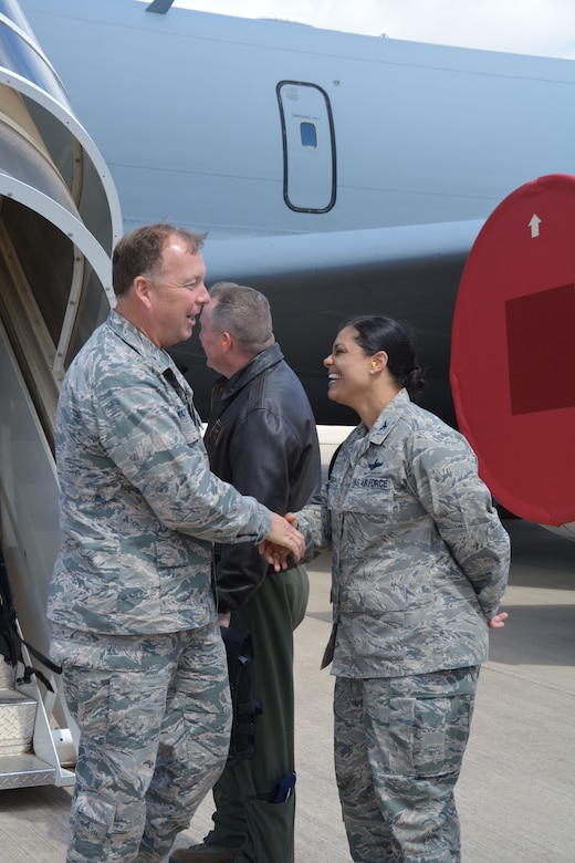"""Col. Dana Nelson, 507th Air Refueling Wing vice commander greets Brig. Gen. AllanSwartzmiller, Air Force Reserve Command Inspector General at Tinker Air Force Base, March 30, 2017. The 507th ARW was rated """"effective"""" according the final Unit Compliance Inspection Capstone report, dated June 16. (U.S. Air Force Photo/Maj. Jon Quinlan)"""
