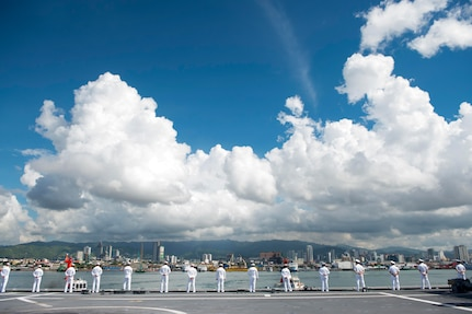 170619-N-PD309-004 CEBU, Philippines (June 19, 2017) Sailors man the rails aboard littoral combat ship USS Coronado (LCS 4) while pulling into Cebu, Philippines for Maritime Training Activity Sama Sama. Coronado is on a rotational deployment in U.S. 7th Fleet area of responsibility, patrolling the region's littorals and working hull-to-hull with partner navies to provide 7th Fleet with the flexible capabilities it needs now and in the future. (U.S. Navy photo by Mass Communication Specialist 3rd Class Deven Leigh Ellis/Released)
