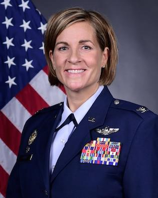 Bio photo for Col. Jennifer Short, 23d Wing commander.