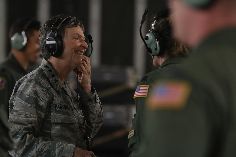Gen. Ellen Pawlikowski, Commander, Air Force Materiel Command, visits with 445th Aeromedical Evacuation Squadron Airmen during an AE training flight onboard a 445th Airlift Wing C-17 Globemaster III June 20, 2017. The general was shown the various equipment used by AES and saw the Airmen perform various medical emergency scenarios. (U.S. Air Force photo/Tech. Sgt. Patrick O'Reilly)