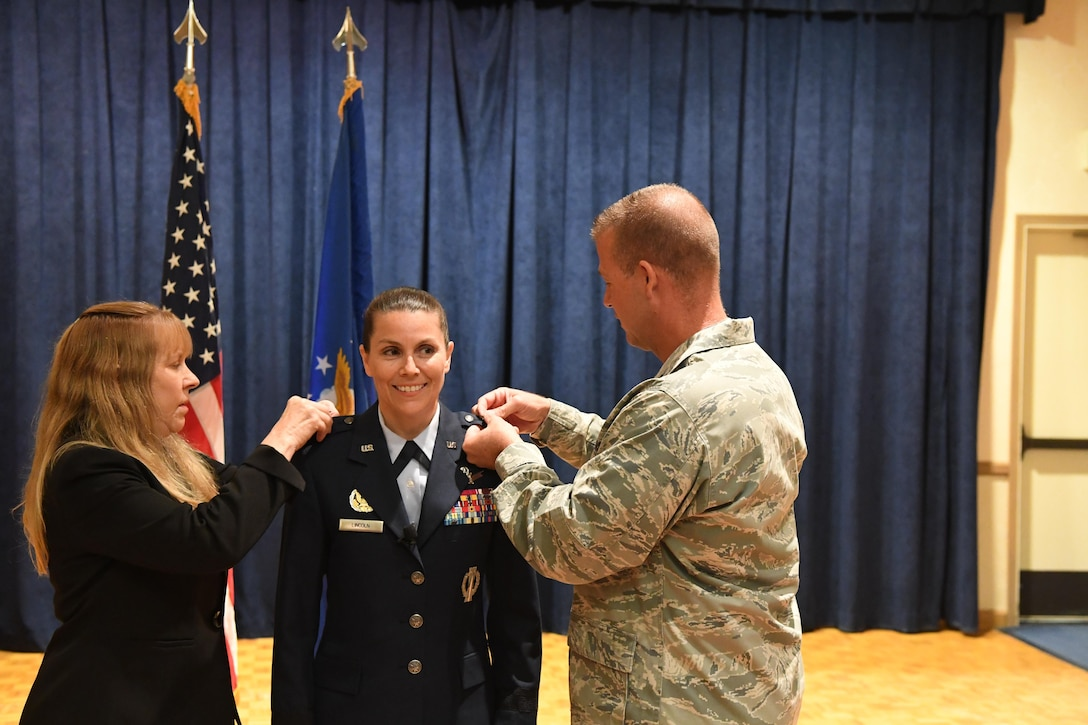 Brig. Gen. Pamela J. Lincoln, Mobilization Assistant to the Commander, 14th Air Force (Air Forces Strategic) and Joint Functional Component Command for Space, was promoted to major general during a ceremony July 10, 2017 at Vandenberg Air Force Base, California. (U.S. Air Force photo by Capt. Nicholas Mercurio/Released)