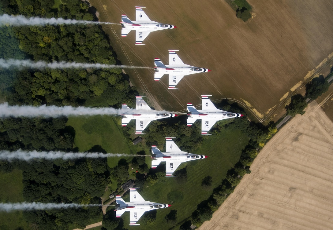 The U.S. Air Force Thunderbirds fly over England July 10, 2017. The Thunderbirds flew over several bases and landmarks in preparation for the 2017 Royal International Air Tattoo being held at Royal Air Force Fairford, England. (U.S. Air Force photo/ Tech. Sgt. Christopher Boitz)