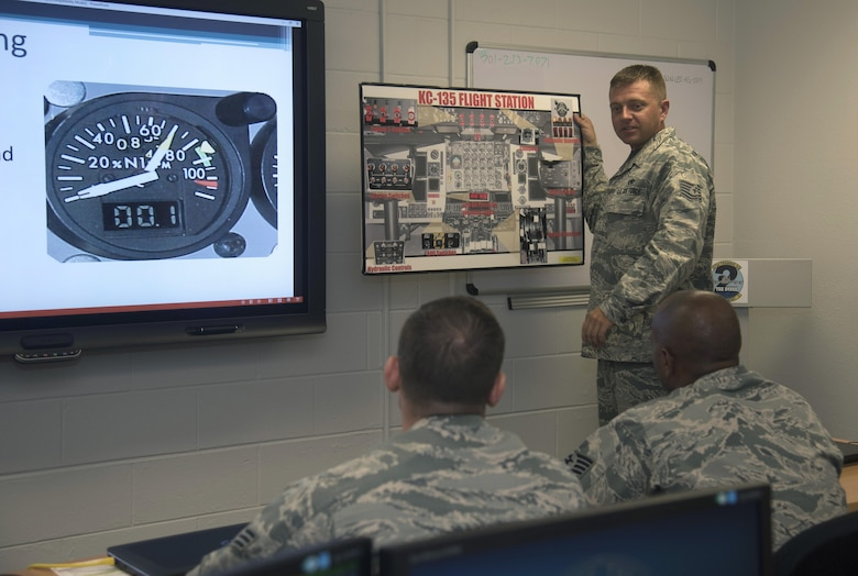U.S. Air Force Tech. Sgt. Dustin Wegehaupt, a production supervisor and jet engine instructor assigned to the 373rd Training Squadron, Detachment 2, instructs a KC-135R/T Flightline F108 Engine Operator course at MacDill Air Force Base, Fla., July 14, 2017. The course is designed to train and qualify personnel on the flightline to run engines in the instance maintenance issues arise. (U.S. Air Force photo by Airman 1st Class Ashley Perdue)