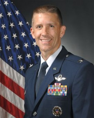 Official portrait of Col. Michael T. Rawls, 435th Air Ground Operations Wing and 435th Air Expeditionary Wing commander. (Air Force photo)