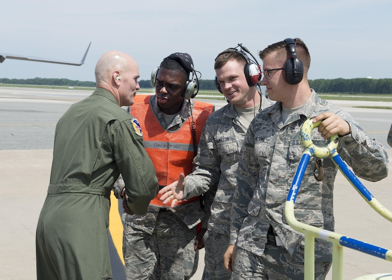 Gen. Carlton D. Everhart II, Air Mobility Command commander, meets with Airmen from the 736th Aircraft Maintenance Squadron, July 12, 2017, at Dover Air Force Base, Del. The 736th AMXS provides maintenance to Team Dover's C-17 Globemaster III fleet. (U.S. Air Force photo by Senior Airman Zachary Cacicia)
