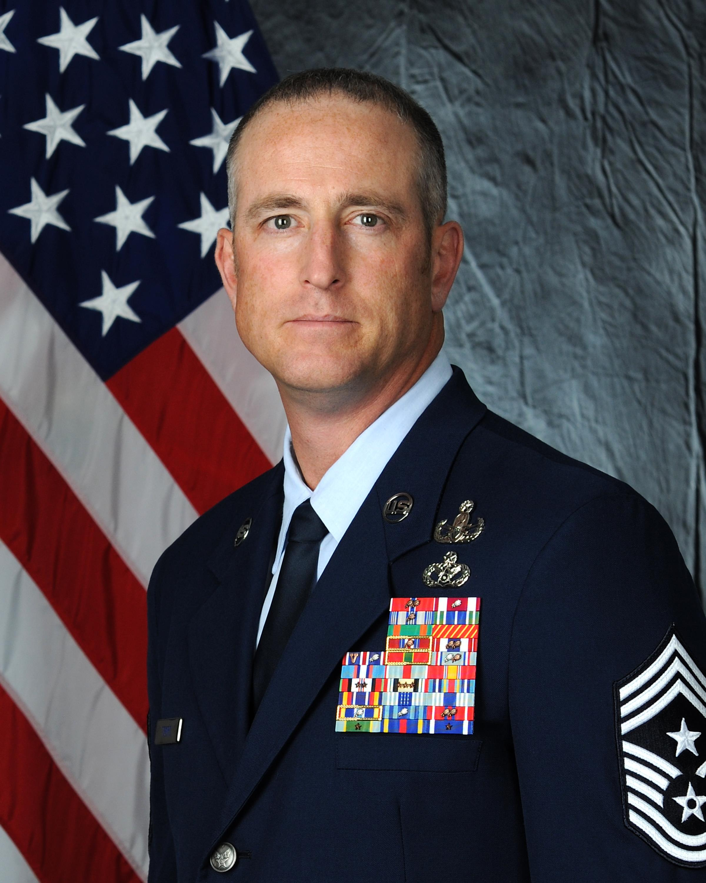 CHIEF MASTER SGT HEATH T. TEMPEL > <p style=font size:20px