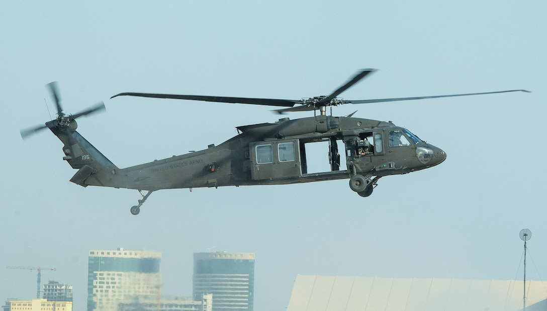 ERBIL, Iraq – a UH-60M Black Hawk helicopter assigned to the 2-149th General Support Aviation Battalion, Task Force Saber, lands at Erbil, Iraq, July 12, 2017. The Black Hawk provides Task Force Saber the capability to conduct distinguished visitor movement, logistical movement and aeromedical evacuation throughout the area of operations for Task Force Saber and Combined Joint Task Force – Operation Inherent Resolve. CJTF-OIR is the Coalition to defeat ISIS in Iraq and Syria. (U.S. Army photo by Capt. Stephen James)