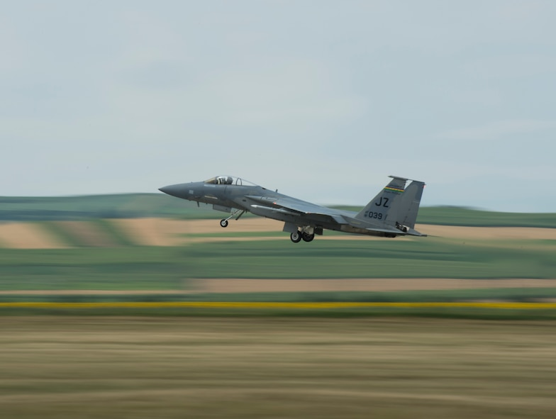 An F-15C Eagle fighter aircraft from the 159th Expeditionary Fighter Squadron takes off from Campia Turzii, Romania, July 12, 2017. The squadron is in Romania in support of Operation Atlantic Resolve, an ongoing operation meant to enhance the security of Europe and bolster partnership between NATO allies. (U.S. Air Force photo by Tech. Sgt. Chad Warren)