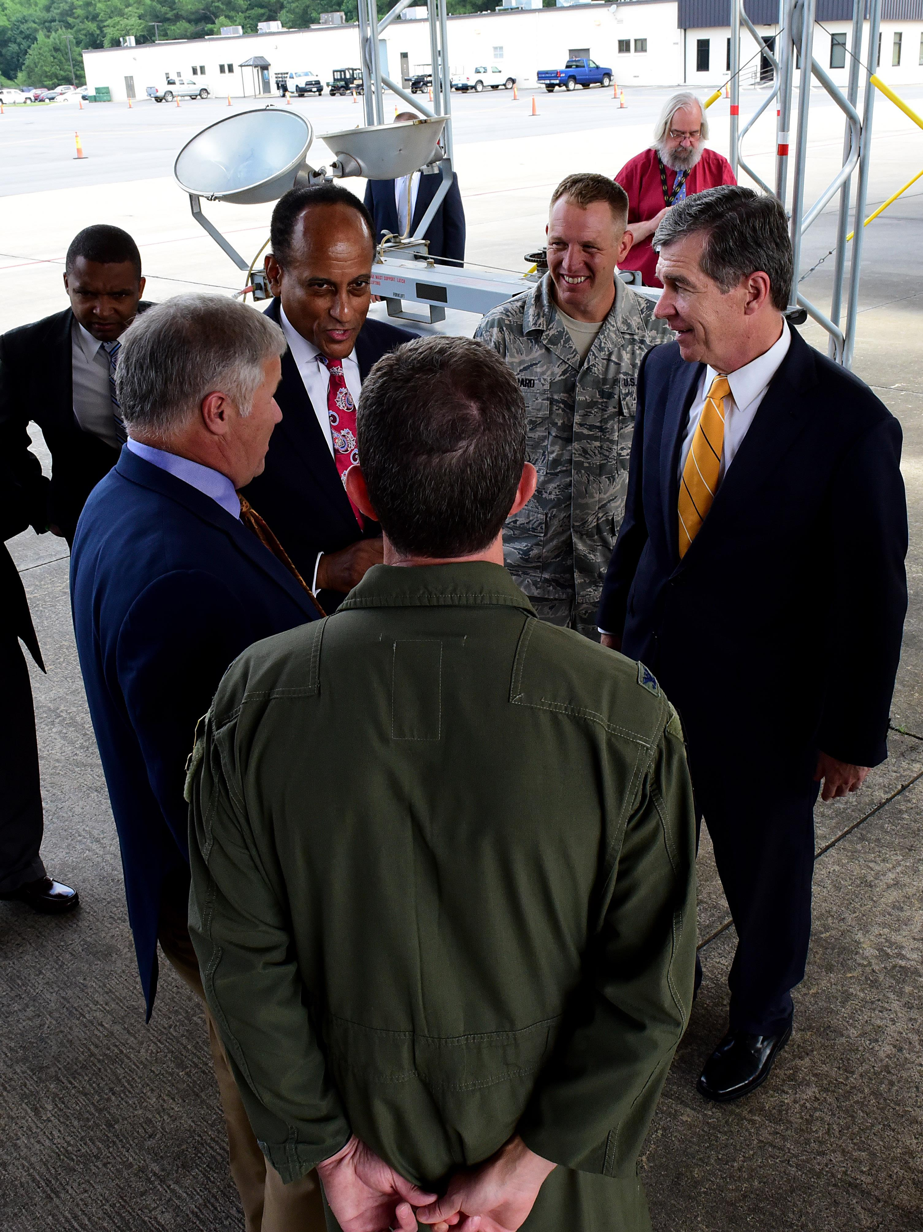 N C  Governor Cooper wowed by SJAFB > Seymour Johnson Air