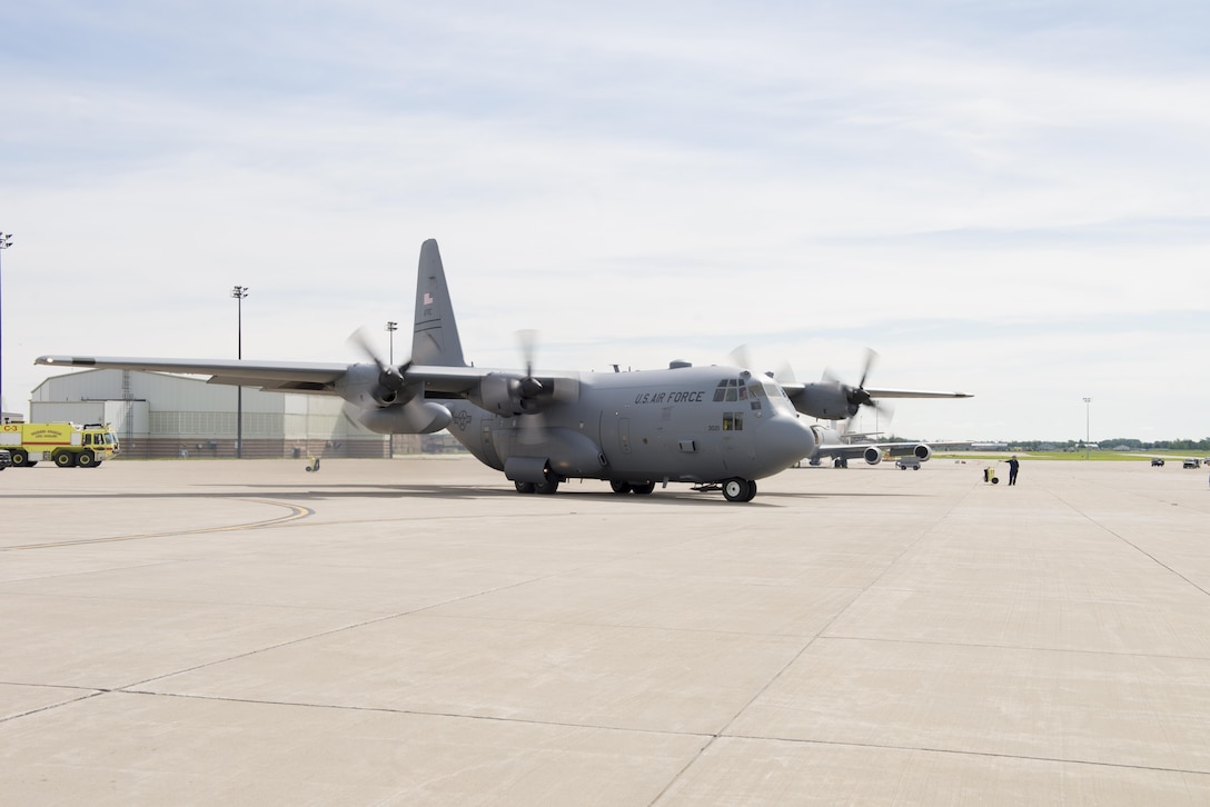 The last remaining C-130 Hercules prepares for its final departure from Niagara Falls Air Reserve Station, N.Y., July 26, 2017. This is a significant stage in the process of transition for the 914th, from an Airlift Wing to an Air Refueling Wing. (U.S. Air Force photo by Steph Sawyer)