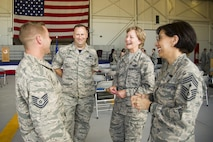 Reservists talk with Air Force Reserve senior leaders July 15, 2017, at Beale Air Force Base, California. Lt. Gen. Maryanne Miller, Air Force Reserve Command commander and Chief of the Air Force Reserve, and Chief Master Sgt. Ericka Kelly, AFRC command chief, visited reservists at Beale during their July unit training assembly. (U.S. Air Force photo by Senior Airman Tara R. Abrahams)