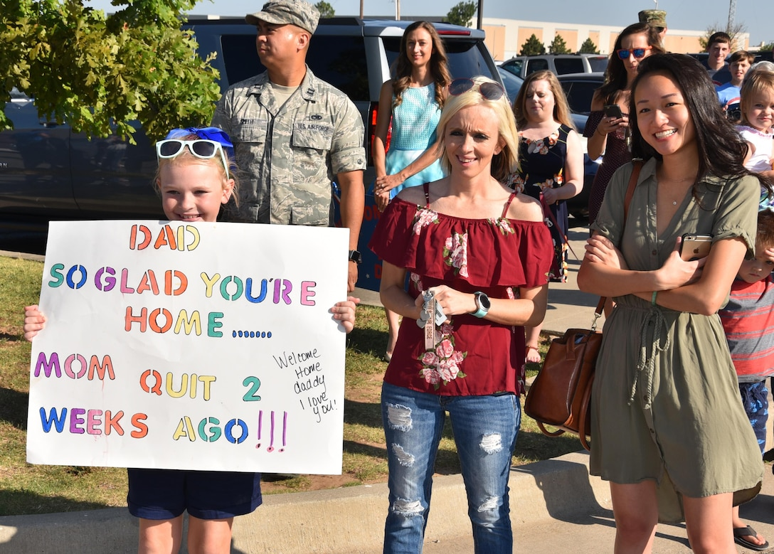 Approximately 160 members of the 964th Airborne Air Control Squadron returned to Tinker on 19 Jul 17, after more than four months of deployment to Southwest Asia.  Hundreds of family members, friends and squadron teammates were on hand to welcome them home.