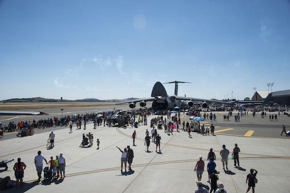 Service members and members from the local community gathered at Fairchild Air Force Base, Washington, during the SkyFest 2017 Air Show and Open House at Fairchild Air Force Base, Washington, July 29, 2017. SkyFest is Fairchild's air show and open house to give the local and regional community the opportunity to view Airmen and our resources. (U.S. Air Force photo/Senior Airman Janelle Patiño)