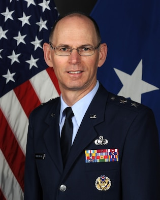 Maj Gen Duke Richardson official photo