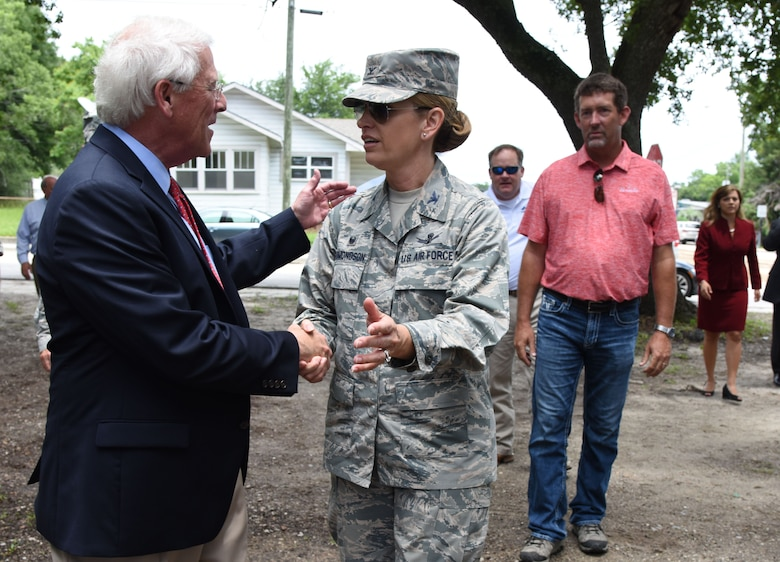 Senator Roger Wicker is welcomed by Col. Michele Edmondson, former 81st Training Wing commander, during the Keesler main gate announcement June 1, 2017, in Biloxi, Miss. Local, state and federal officials joined Keesler Air Force Base leaders to announce an estimated $37 million project to locate a new main entry gate at Division St. and Forrest Ave. The two-year project includes an expanded and enhanced boulevard along Division St. from I-110 to Forrest Ave. (U.S. Air Force photo by Kemberly Groue)
