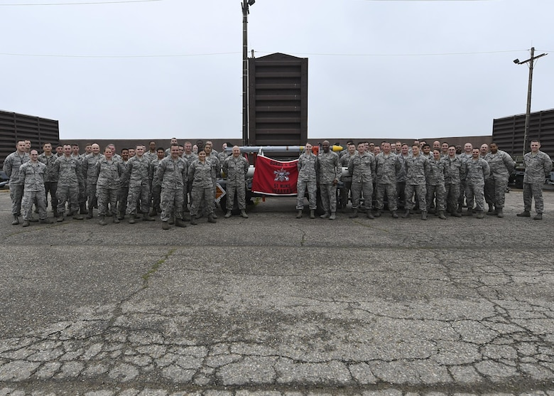 "Chief Master Sgt. of the Air Force Kaleth O. Wright visits Airmen at Osan Air Base, Republic of Korea, June 7, 2017. The visit gave Wright the opportunity to interact with Airmen across the base, discuss concerns among the enlisted force and see the 51st Fighter Wing's ""Fight Tonight"" capabilities. (U.S. Air Force photo by Airman 1st Class Gwendalyn Smith/Released)"