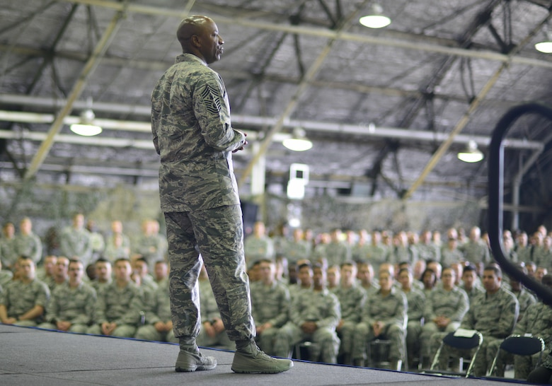 "Chief Master Sgt. of the Air Force Kaleth O. Wright visits Airmen at Osan Air Base, Republic of Korea, June 7, 2017. The visit gave Wright the opportunity to interact with Airmen across the base, discuss concerns among the enlisted force and see the 51st Fighter Wing's ""Fight Tonight"" capabilities. (U.S. Air Force photo by Staff Sgt. Alex Fox Echols III /Released)"