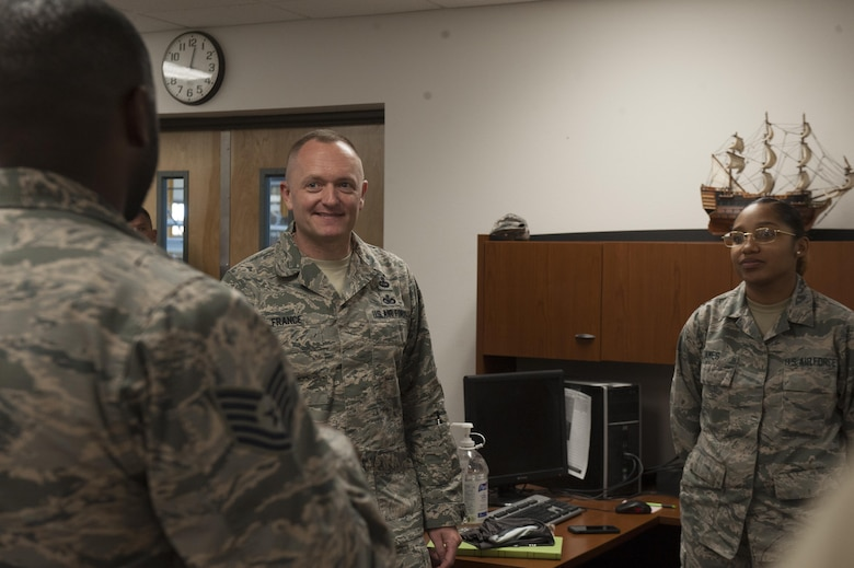 Chief Master Sgt. Jason France, Air Force Materiel Command command chief, meets with Basic Expeditionary Airfield Resources Base Airmen at Holloman Air Force Base, N.M., June 6, 2017. France traveled around BEAR Base receiving briefings from Airmen explaining how civil engineer personnel assigned to BEAR Base are unique and the importance of the various capabilities that they possess. (U.S. Air Force photo by Airman 1st Class Ilyana A. Escalona)