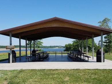 Lake View Shelter is located near the Jerry Litton Visitor Center.  It is available for use first come first served, or a non-refundable $50 reservation fee.  Contact the U.S. Army Corps of Engineers at 816-532-0174 for additional information.