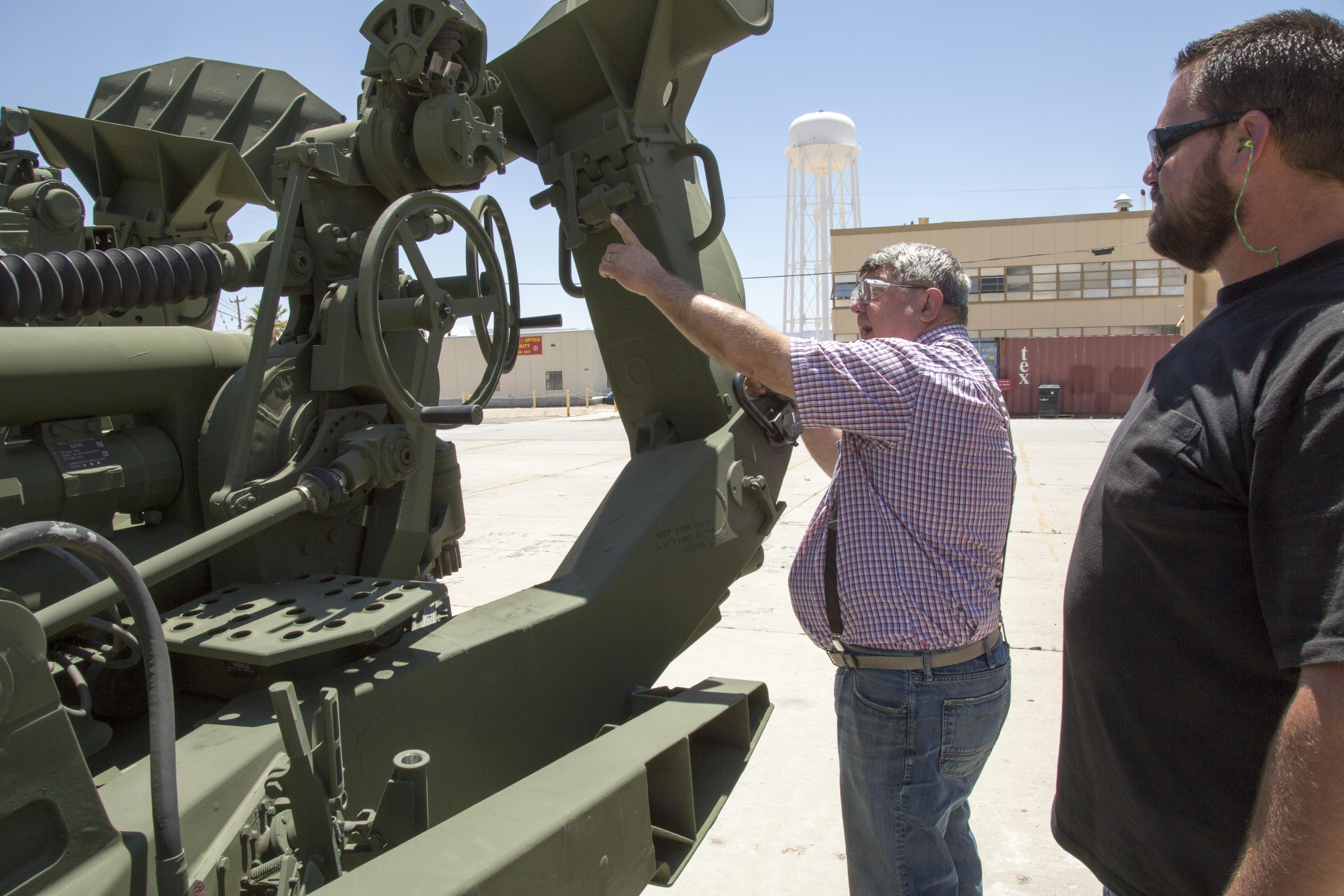 Lift guns used to train helicopter pilots