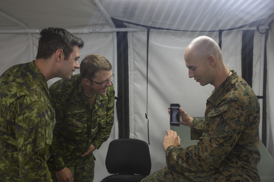 Navy Corpsmen hold training with Canadian Armed Forces