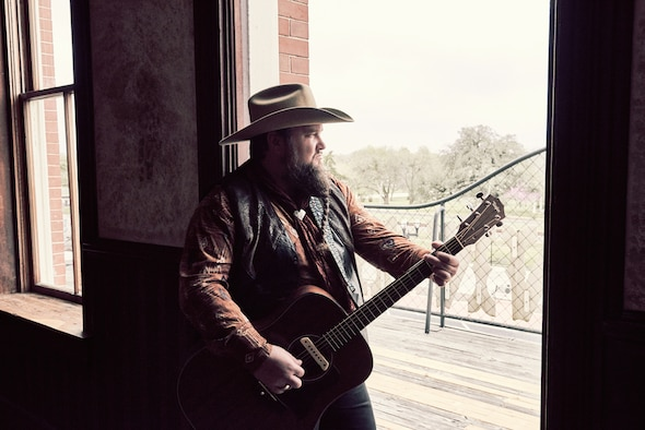 "The Air Force Services Activity is sponsoring concerts by Sundance Head, winner of ""The Voice"" season 11 in December 2016. He will perform for Airmen and families at 10 installations. (Meredith Truax courtesy photo)"