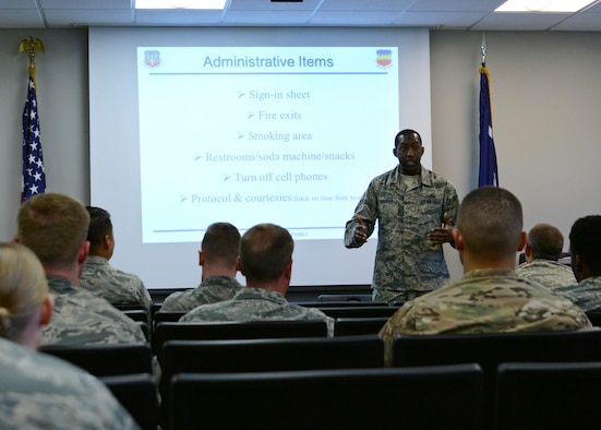 U.S. Air Force Master Sgt. Carlos Sullivan, 20th Force Support Squadron career assistance advisor, speaks with Company Grade Officer Mentorship Panel attendees at Shaw Air Force Base, S.C., April 28, 2017. Sullivan spoke about the event's purpose and encouraged Airmen to ask questions to gain as much information as possible (U.S. Air Force photo by Airman 1st Class Kathryn R.C. Reaves)
