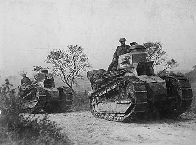 During World War I, American Soldiers used a small number of British and French caterpillar tracks armed with cannon and machine guns.  During World War I, American Soldiers used a small number of British and French caterpillar tracks armed with cannon and machine guns.