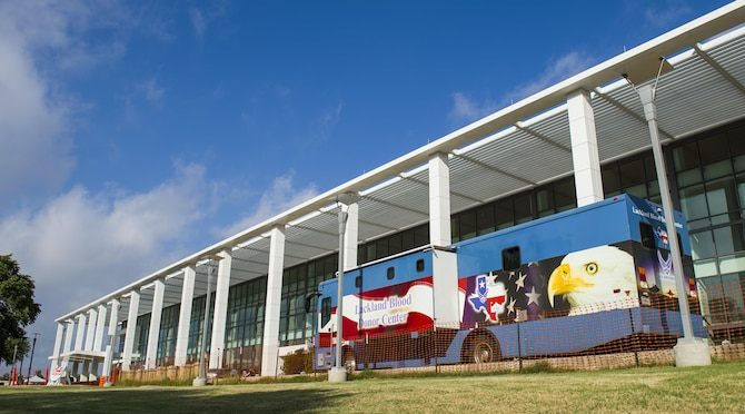 The Joint Base San Antonio-Lackland mobile blood donation center awaits potential donors outside of Wilford Hall Ambulatory Surgical Center, at JBSA-Lackland, Texas, June 23, 2017. JBSA is the largest blood donation center in the Department of Defense and provides over 60 percent of blood to troops in deployed locations. (U.S. Air Force photo by Airman 1st Class Keifer Bowes)