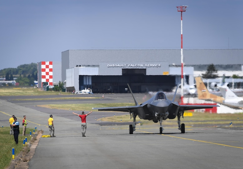 An F-35A Lightning II from Hill Air Force Base, Utah taxis back after performing for a crowd of nearly 100,000 people at Le Bourget Airport, France, during the Paris Air Show, June 23, 2017. The Paris Air Show offers the U.S. a unique opportunity to showcase their leadership in aerospace technology to an international audience. By participating, the U.S. hopes to promote standardization and interoperability of equipment with their NATO allies and international partners. This year marks the 52nd Paris Air Show and the event features more than 100 aircraft from around the world. (U.S. Air Force photo/ Tech. Sgt. Ryan Crane)