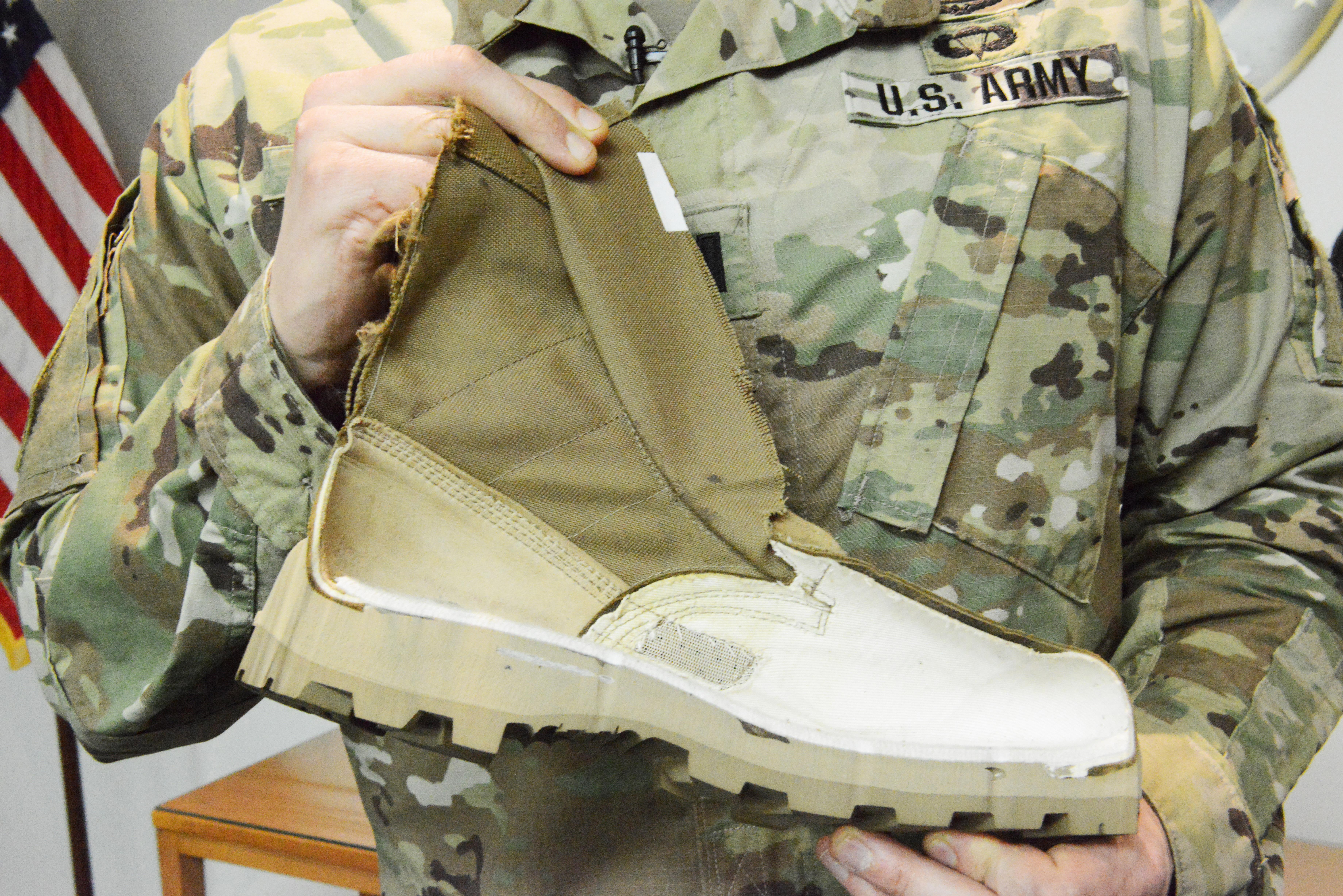 New Army Jungle Wear Gives Trench Foot The Boot